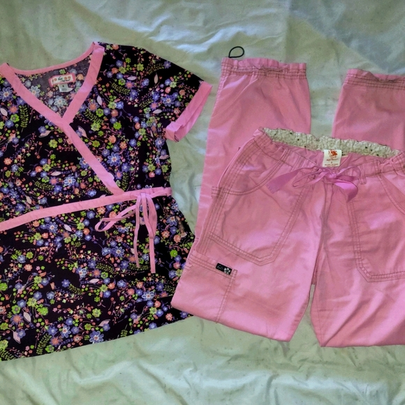 Koi Scrub Set Mock Wrap Light Pink size Small Tall